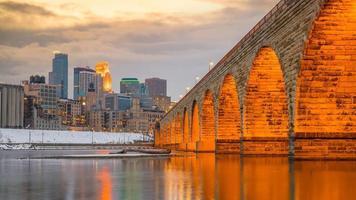 Minneapolis city skyline del centro usa foto