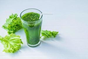 succo verde fresco foto