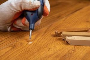 fissaggio di legno graffiato foto
