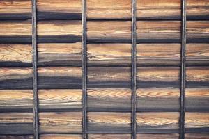 tavola di legno marrone e nero foto