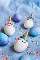 unicorni di uova di Pasqua foto