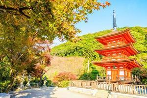 tempio di kiyomizu dera a kyoto, giappone foto