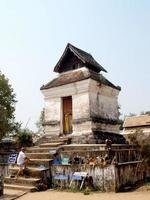 lampang, thailandia 2013- wat phra that lampang luang foto