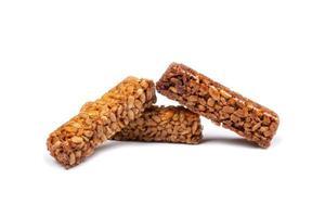 semi al caramello, isolati su sfondo bianco foto