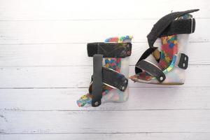 scarpe di disabilità di paralisi cerebrale del bambino foto
