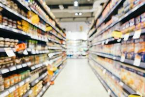 sfocatura astratta e shopping supermercato defocused nel grande magazzino foto