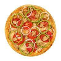 pizza vegetariana isolata su sfondo bianco foto