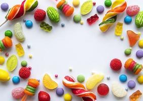 cornice di caramelle con copia spazio foto