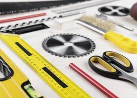 strumenti sulla scrivania foto