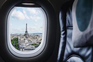 viaggiare a parigi, famoso punto di riferimento della francia e destinazione di viaggio in europa foto