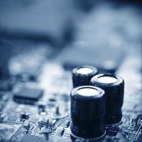da vicino l'immagine di un circuito in sfocatura. foto