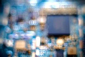 immagine sfocata di un circuito stampato foto