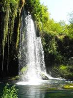 paesaggio naturale della cascata a antalya foto