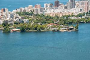 vista della laguna di rodrigo de freitas a rio de janeiro, brasile foto