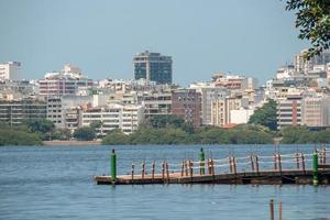 vista della laguna di rodrigo de freitas a rio de janeiro foto