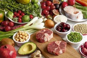 banchetto dietetico di cibi integrali foto