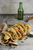 composizione creativa di cibo gustoso foto