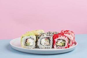 disposizione creativa di cibo delizioso foto