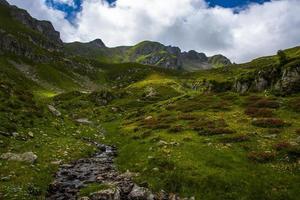 paesaggio vicino al lago di levico, trento italia foto