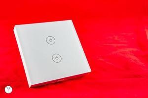 interruttore wifi intelligente con supporto per il controllo tramite l'applicazione del telefono cellulare foto