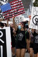stati uniti, 2020 - manifestanti con cartelli foto