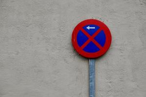 nessun segnale di traffico della zona di parcheggio foto