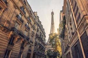 torre eiffel nella città di parigi foto