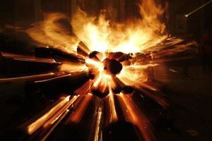 dettaglio dell'esplosione di fuoco foto