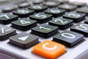 calcolatrice ravvicinata e calcolatrice macro con numero foto