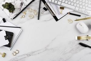 l'elegante cornice della composizione da scrivania foto