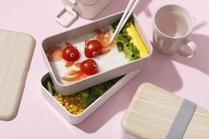 l'assortimento di bento box giapponesi foto