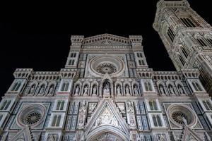 la cattedrale di santa maria del fiore a firenze foto