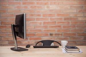 scrivania moderna in home office foto