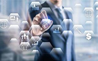 sistema di gestione dei dati e concetto di analisi aziendale su sfondo a doppia esposizione foto