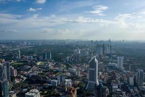 vista sullo skyline di kuala lumpur foto