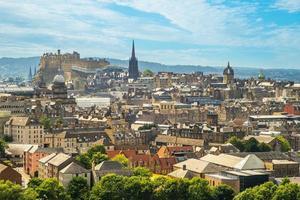 Vista su Edimburgo da Arthur Seat, Scotland, Regno Unito foto
