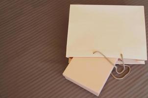 borsa della spesa, scatola di carta per negozio e acquisto, spazio vuoto, copia foto