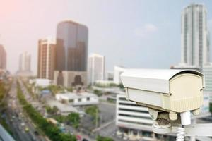 primo piano della telecamera di sicurezza del traffico. foto