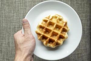 waffle nel piatto foto