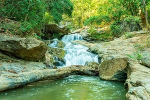 mae sa cascata in thailandia foto