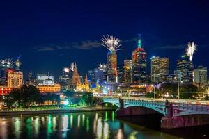 fuochi d'artificio di capodanno a melbourne, australia foto
