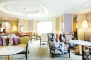sfocatura astratta e lobby e lounge dell'hotel sfocate foto