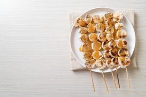 grigliate di banana con salsa al caramello foto