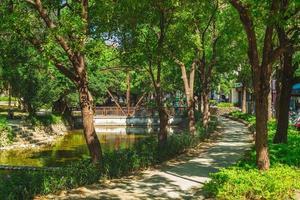 scenario del parco del fossato di hsinchu nella città di hsinchu, taiwan foto