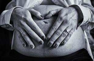 donna incinta adulta foto
