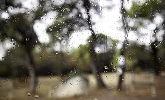 dettaglio gocce di pioggia di vetro foto