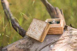 anelli di nozze d'oro foto