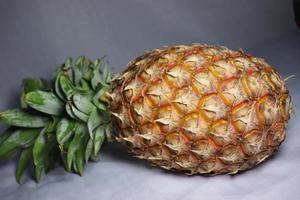 primo piano gustoso e sano di ananas foto