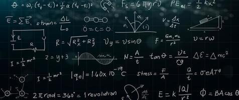 formula matematica e scienze sulla lavagna foto