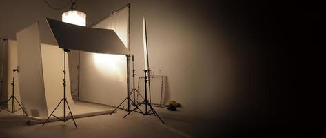 apparecchiature luminose da studio per foto o film